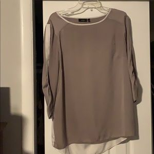 Size XL Apt 9 Tan and White Blouse